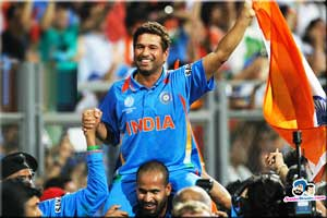 Sachin Tendulkar with India 2011 World Cup winner